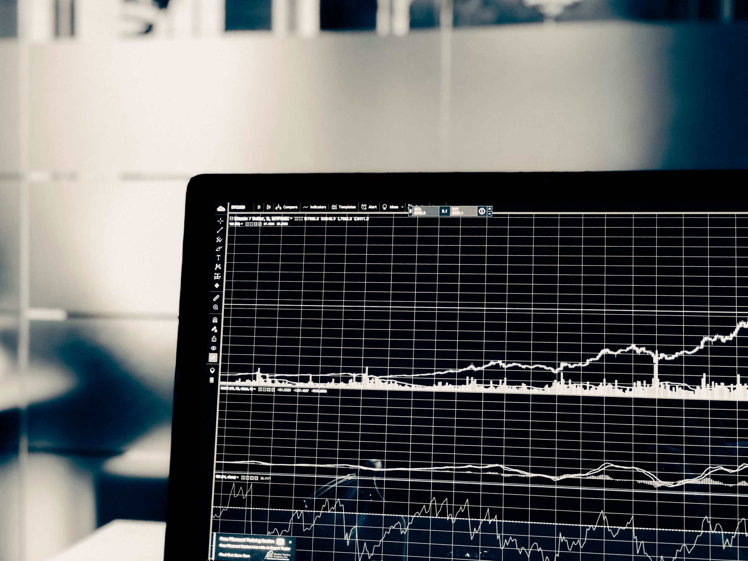 Self-assessment algorithmic trading: room for improvement